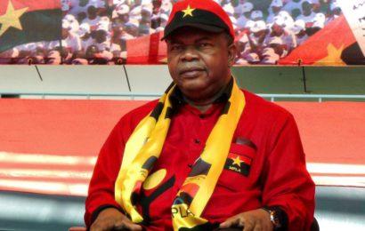 L'Angola, deuxième pays producteur d'or noir en Afrique, change de président