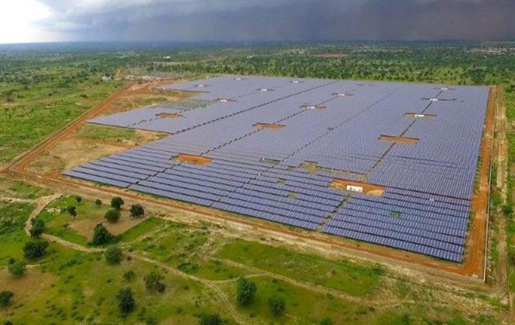 Burkina : inauguration de plus grande centrale solaire d'Afrique de l'Ouest