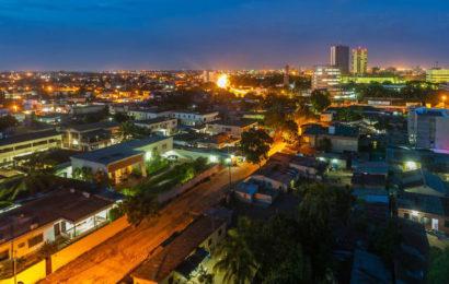 Togo: appui de 35 millions de dollars pour l'élargissement de la couverture d'électricité à Lomé et ses environs
