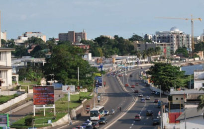 Gabon: le taux de croissance révisé à 0,8% en 2017 par le FMI à cause de la réduction de la production pétrolière