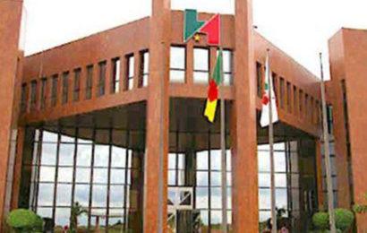 """Cameroun: le gouvernement compte limiter les """"interventions directes"""" de la SNH dans les opérations financières de l'Etat à 50% du montant total de la redevance pétrolière en 2018"""