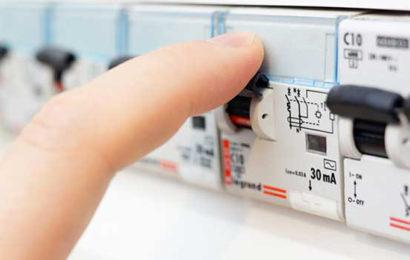 France: de plus en plus de clients se tournent vers des offres de marché par rapport aux tarifs réglementés d'électricité et de gaz (CRE)