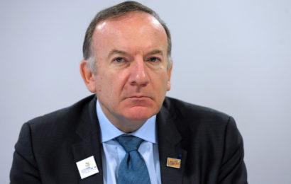 Gabon: le patron du Mouvement des entreprises de France vole à la rescousse de Veolia