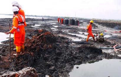 Pollution due aux hydrocarbures: «informations peu fiables» sur l'ampleur des déversements de Shell et Eni au Nigéria
