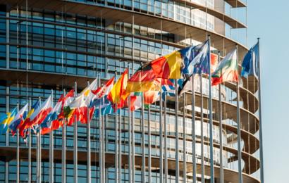 Union européenne: les efforts de réduction des GES en fonction du PIB par habitant entérinés par le Parlement
