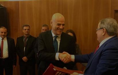 Algérie: la Sonatrach et l'italien ENI s'accordent pour une plus grande coopération dans les domaines pétrolier et gazier