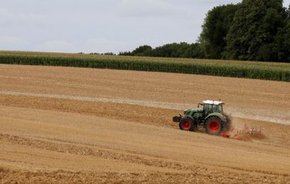 Les agriculteurs français s'inquiètent de la hausse des cours du pétrole