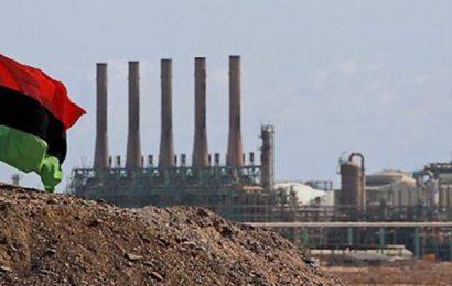 """Libye: la NOC invoque l'état de """"force majeure"""" et suspend ses opérations dans deux ports pétroliers du pays"""