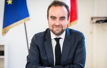 Lancement du plan solaire de la France