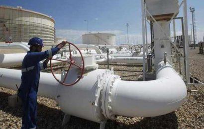 """Libye: pour la """"sécurité"""" de ses employés, la NOC suspend les exportations de pétrole à partir du terminal de Zaouia"""
