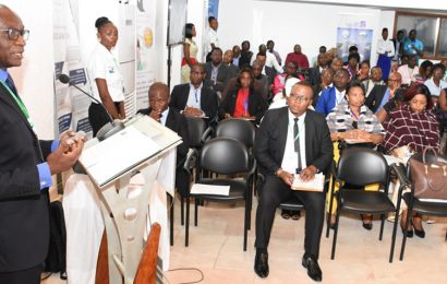 """Cameroun: le DG de l'entreprise concessionnaire de la distribution de l'électricité recommande de dénoncer les fraudeurs, """"même dans l'anonymat"""""""