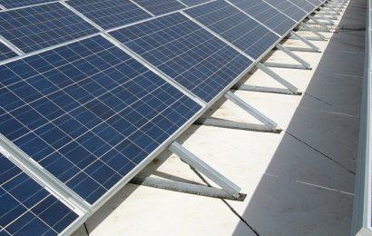 France: l'Ademe veut prévenir «les mauvais exemples» dans la pose des panneaux solaires chez les particuliers