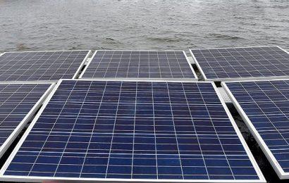 France: Akuo Energy démarre la construction d'une centrale solaire flottante de 17 mégawatts
