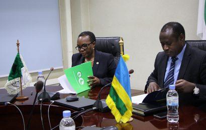 Rwanda: accord de financement signé entre la BAD et le gouvernement pour la phase 2 du Projet d'amélioration de l'accès à l'électricité