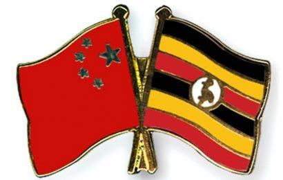 La Chine accorde un prêt de 212,7 millions de dollars à l'Ouganda pour l'électrification de ses zones rurales