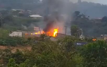 Cameroun: une personne tuée à Yaoundé au cours d'un accident impliquant un camion de transport de bouteilles de gaz domestique