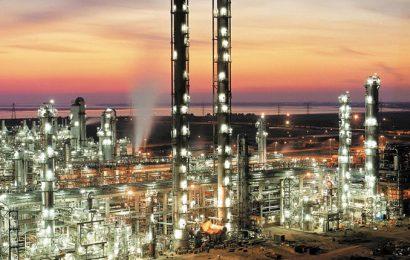 Le groupe américain Fluor va conduire une étude de faisabilité d'un complexe pétrochimique intégré en Egypte