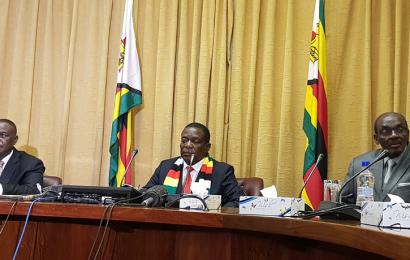 Zimbabwe: des gisements de pétrole et de gaz naturel découverts dans le district de Muzarabani (président de la République)