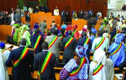 Sénégal: la société civile apprécie le nouveau code pétrolier adopté par les députés le 24 janvier