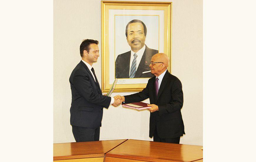 Cameroun: signature d'un contrat pétrolier entre la SNH et Perenco pour la recherche d'hydrocarbures dans le bloc Bomana