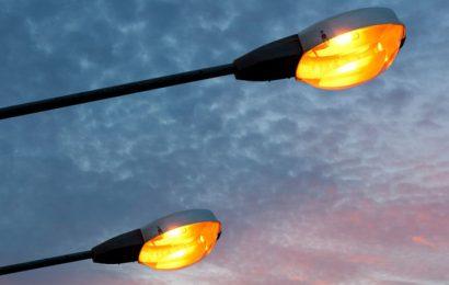 Cameroun: l'Etat dépense en moyenne 02 milliards de F CFA par mois pour l'éclairage public (ministère de l'Energie)