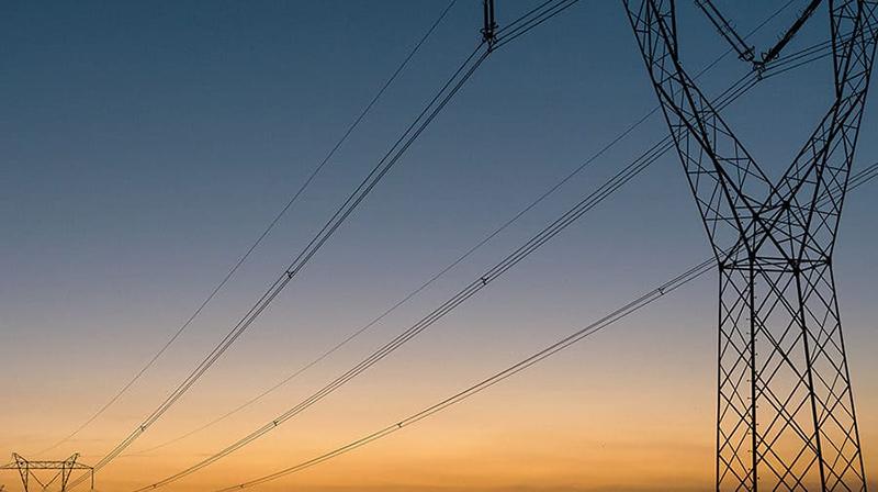 Gambie: une subvention de 66 millions de dollars de l'IDA pour améliorer l'accès au réseau d'électricité