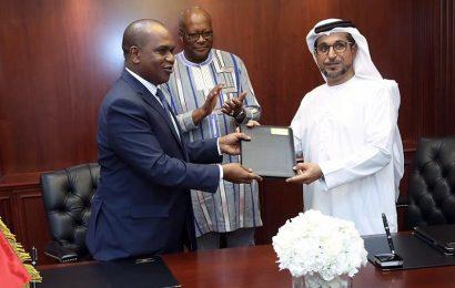 Abou Dhabi accorde 10 millions de dollars pour l'électrification de 42 localités rurales du Burkina Faso à partir du solaire