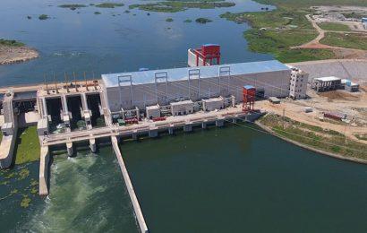 Ouganda: les centrales hydroélectriques d'Isimba et de Karuma vont réduire les coûts de production d'électricité de 17,45%