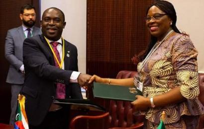 Projet d'appui au secteur de l'énergie aux Comores: l'accord de financement supplémentaire de la BAD signé