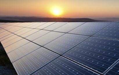 Tunisie: Eni et l'Etap en partenariat pour 15 MW de projets d'énergie solaire photovoltaïque