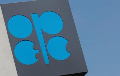 Coronavirus: l'Opep pourrait s'entendre sur une nouvelle réduction de la production de pétrole pour enrayer la baisse des cours