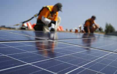 La Covid-19 a ralenti les progrès et les investissements dans l'énergie en Afrique (AIE)
