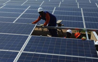 Cameroun: la mise en service des centrales solaires de Maroua et Guider reportée à 2021