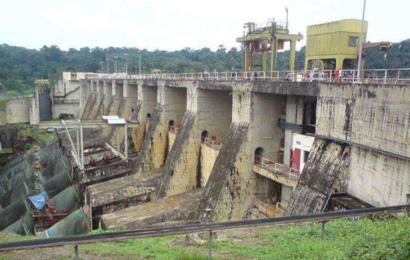 Dépendant majoritairement de l'hydroélectricité, le Cameroun se préoccupe de la sécurité de ses barrages