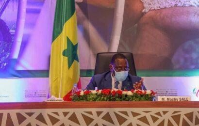 Le Sénégal s'attend à une croissance à deux chiffres dès la première année d'exploitation du pétrole