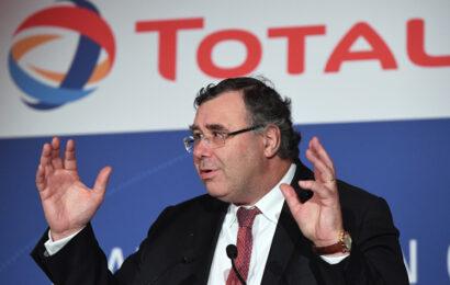 Total veut ramener la production d'hydrocarbures à 60% de son activité d'ici à 2050