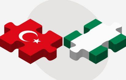 La Turquie incite ses investisseurs à aller au Nigeria, qui tire 90% de ses recettes des hydrocarbures