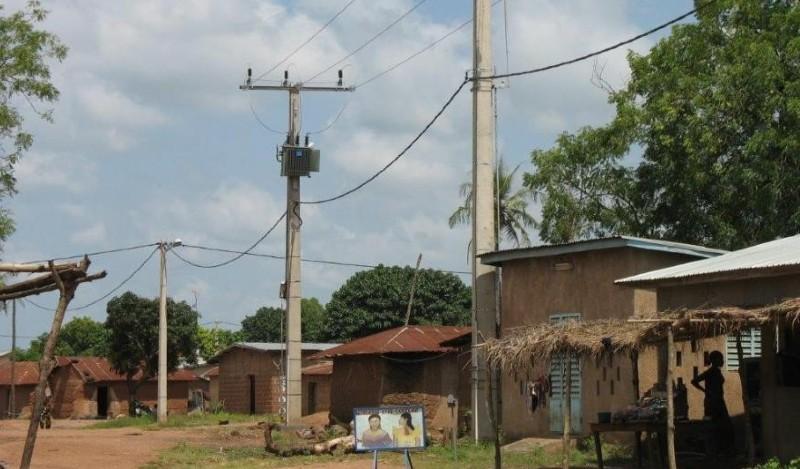 Le français Eiffage Énergie Systèmes va assurer des travaux sur les réseaux de distribution d'électricité du Ghana et du Bénin