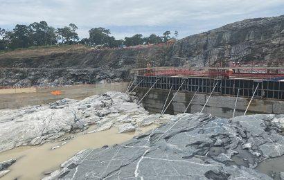 Cameroun : le barrage hydroélectrique de Nachtigal devrait être livré en mars 2024 (gouvernement)