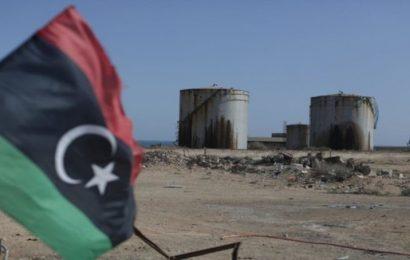 Libye: la production pétrolière chute de 300 000 bpj à cause des dettes des entreprises du secteur