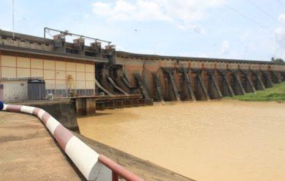 Côte d'Ivoire: comment la baisse du niveau d'eau dans les barrages affecte l'offre en électricité