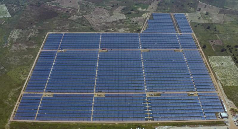 Sénégal: les centrales solaires mises en service à Kael et Kahone vont alimenter près de 540 000 personnes en électricité (IFC)
