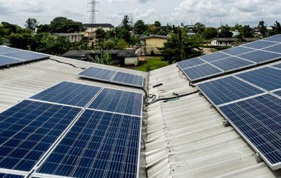 Daystar Power obtient 20 millions de dollars de l'IFC pour étendre ses solutions solaires hybrides au Nigeria