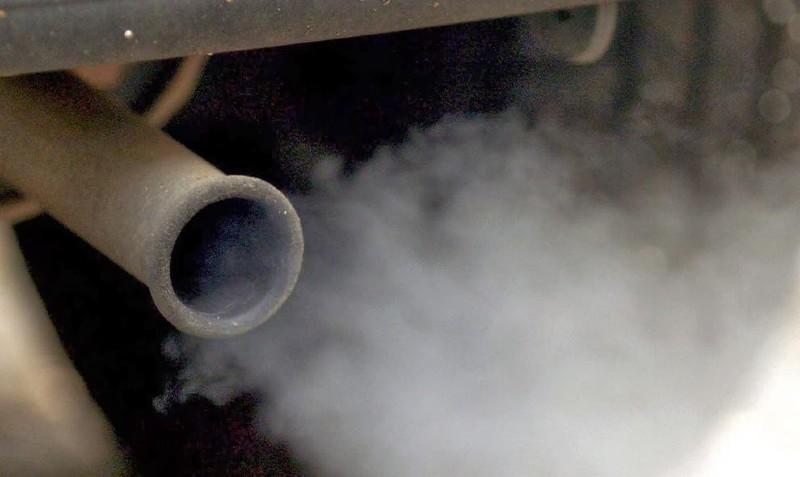 L'épuisement des stocks algériens marque la fin de l'utilisation de l'essence au plomb au monde (PNUE)