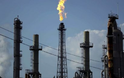 Les pénuries de gaz naturel, GNL et charbon soutiennent la hausse de la demande de pétrole (AIE)